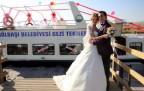 Göl manzaralı nikah