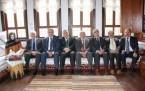 Belediye Başkanları Derneği'ni kurdu