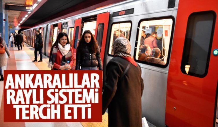 Ankaralılar raylı sitemi kullanıyor