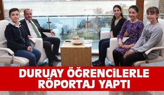 Başkan Duruay Öğrencilerle Röportaj Yaptı