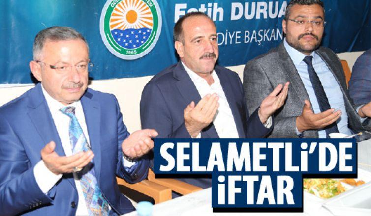 Başkan Duruay Selametli'de iftara katıldı