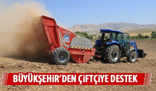 Büyükşehir'den taş toplama makinası