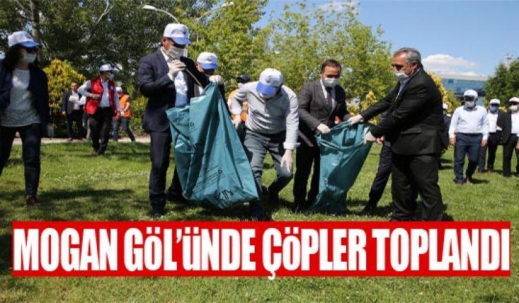 Gölbaşı Belediye Başkanı Ramazan Şimşek  çöp toplama etkinliğine imza attı