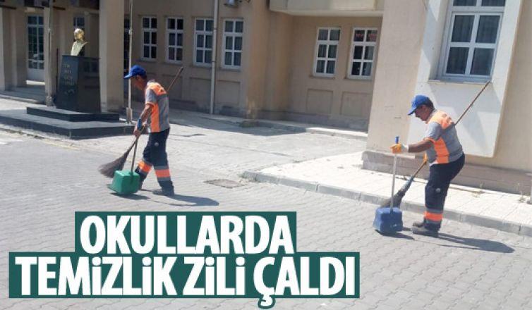 Gölbaşı Belediyesi okulları temizliyor!