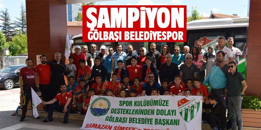 Şampiyon Gölbaşı Belediyespor