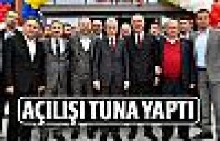 Başkan Tuna açılışa katıldı