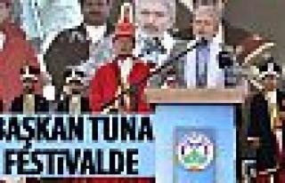 Başkan Tuna Beypazarı Festivali'ne katıldı