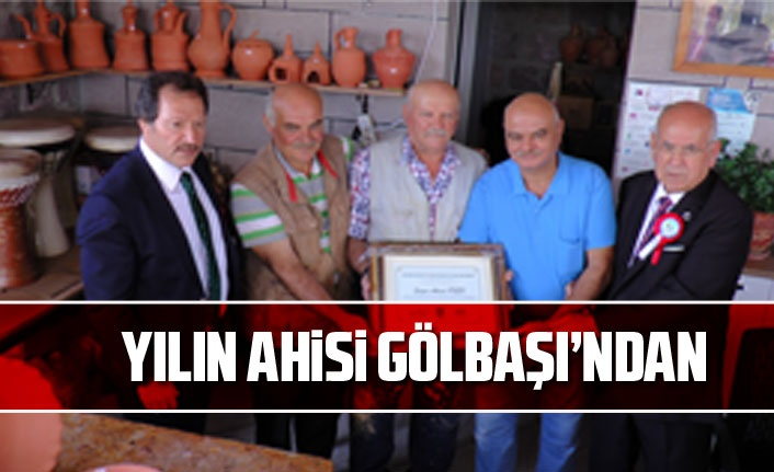 """""""Yılın Ahisi"""" Gölbaşı'ndan çömlek ustası Ahmet Önen oldu"""