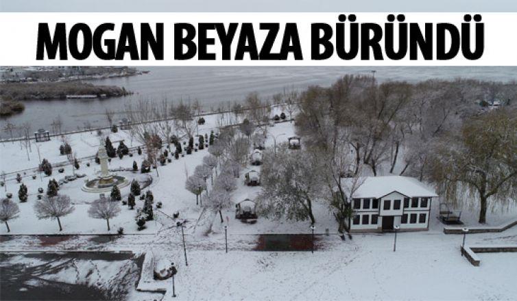 Mogan karla kaplandı