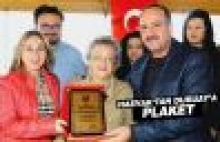 Başkan Duruay'a Hasvak'tan Teşekkür Plaketi